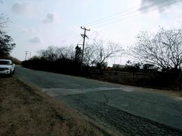 Foto Terreno en Venta | Renta en  Altamira ,  Tamaulipas  Terreno en venta en Altamira cerca del Blvd. de los Ríos.