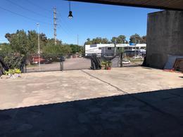 Foto Depósito en Alquiler en  Berisso ,  G.B.A. Zona Sur  122 92 Y 93