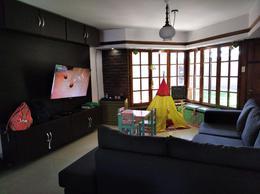 Foto Casa en Venta en  Capital ,  Neuquen  HONDURAS al 6300