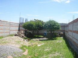 Foto Terreno en Venta en  Santa Fe,  Tequisquiapan  Terreno bardado, zona con plusvalía.