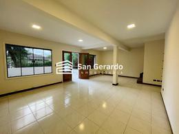 Foto Casa en Venta en  Parques del Yacht,  Lambaré  Colinas del Yacht, Yacht y Golf Club Paraguayo