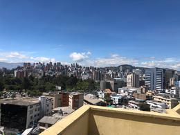 Foto Oficina en Alquiler en  Centro Norte,  Quito  VENTA DE OFICINA EN INGLATERRA Y REPUBLICA - LA CAROLINA -