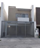 Foto Casa en Venta en  Monterrey ,  Nuevo León  Venta Casa Espacio Cumbres
