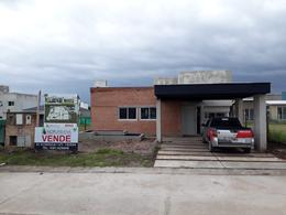 Foto Casa en Alquiler en  Yerba Buena ,  Tucumán  ALQUILER Altos de Cevil II