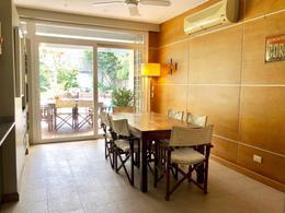 Foto Casa en Venta en  Acassuso,  San Isidro  Urquiza al 800