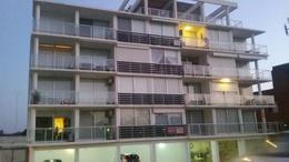Foto Apartamento en Alquiler | Alquiler temporario en  Centro,  Piriápolis  Circunvalación Plaza Artigas alquiler por temporada