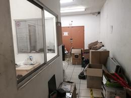 Foto Bodega de guardado en Renta en  Centro,  Monterrey  Renta local comercial  con bodega, sobre Felix U. Gómez
