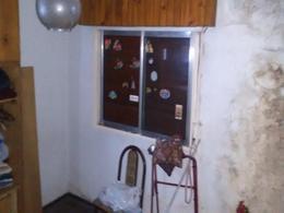 Foto Casa en Venta en  General San Martin ,  G.B.A. Zona Norte  Castelli al 1600