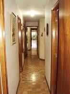 Foto Departamento en Venta en  Pocitos ,  Montevideo  200m2,  SOBRE AVENIDA
