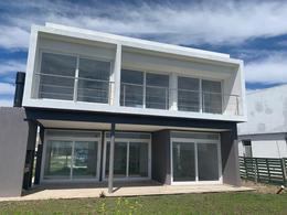Foto Casa en Venta en  Araucarias,  Puertos del Lago  Araucarias - Puertos del Lago