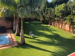 Foto Casa en Venta en  Mcal. Estigambia,  La Recoleta  Vendo Residencia De 6 Suite De 1080 m2 Barrio Mcal. Estigarribia