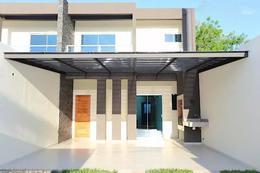 Foto Casa en Venta en  Villa Adela,  Luque  Vendo Duplex de 3 Dormitorios A Estrenar en Villa Adela, Luque