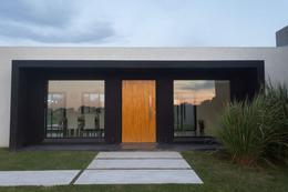 Foto Casa en Venta | Alquiler en  Estancia Villa Maria,  Countries/B.Cerrado (Ezeiza)  Venta/Alquiler - Casa a estrenar en Estancia Villa María