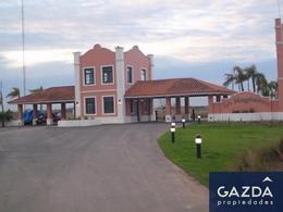 Foto Terreno en Venta en  La Magdalena,  Countries/B.Cerrado (E. Echeverría)  Hermoso Lote c/vista al frente a la laguna BARRIO LA MAGDALENA