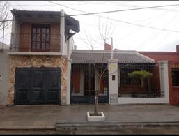 Foto Casa en Venta en  Congreso,  San Miguel De Tucumán  Altura Mexico al 4100