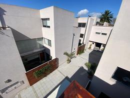 Foto Casa en Venta en  Olivos-Maipu/Uzal,  Olivos  Avellaneda al 2600
