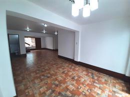 Foto Casa en Alquiler en  Miraflores,  Lima  Calle Ramon Zvala