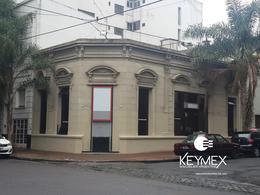 Foto Local en Alquiler en  La Plata ,  G.B.A. Zona Sur  54 y 4