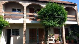 Foto Casa en Venta en  Cordoba Capital ,  Cordoba  Casa en Venta 4 dormitorios. Zona Sur   Recibe depto.   APTO CRÉDITO