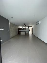 Foto Casa en Venta en  Temozon Norte,  Mérida  Casa en Venta TH en privada con amenidades-Mérida Norte Temozón