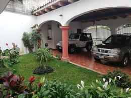 Foto Casa en Venta en  Xalapa ,  Veracruz  Avenida Framboyanes No. 32, Fraccionamiento Las Ánimas, Xalapa Veracruz