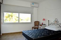 Foto Casa en Alquiler | Alquiler temporario en  Santa Barbara,  Countries/B.Cerrado (Tigre)  Santa Barbara al 100