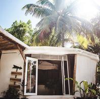 Foto Hotel en Venta | Renta en  Boca Paila,  Tulum  Hotel boutique lado selva en la playa de Tulum con acceso a Cenote privado