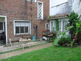 Foto Casa en Venta en  La Lucila-Vias/Libert.,  La Lucila  Paraná al 500