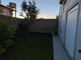 Foto Casa en Venta en  Villa Regina,  General Roca  CASA  EN V.REGINA