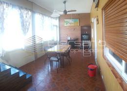 Foto PH en Venta en  Santos Lugares,  Tres De Febrero  Fischetti 4318