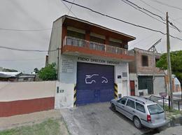 Foto Galpón en Venta en  Villa Dominico,  Avellaneda  Magdalena 916