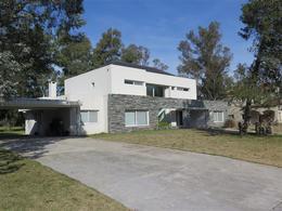 Foto Casa en Venta en  Saint Thomas,  Countries/B.Cerrado (E. Echeverría)  CASAS EN VENTA EN ST. THOMAS ESTE : CANNING