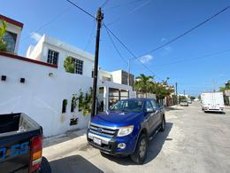 Foto Casa en Venta en  Supermanzana 525,  Cancún  reSIDENCIAL QUETZALEZ EN AV. LAS TORRES