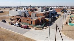Foto Casa en Venta en  Prados de Manantiales,  Cordoba Capital  Prados de Manantiales M L