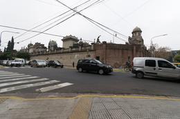 Foto Departamento en Venta en  Recoleta ,  Capital Federal  Vicente Lopez 2100