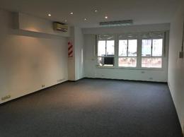 Foto Oficina en Alquiler en  Centro (Capital Federal) ,  Capital Federal  Sarmiento 663, 2° fte