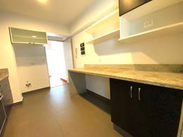 Foto Departamento en Venta en  Surquillo,  Lima  Av. Sergio Bernales, Surquillo