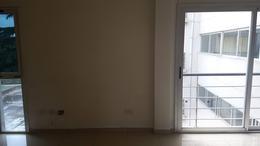 Foto Departamento en Alquiler en  Centro (Moreno),  Moreno  Dpto: Nº 11 - 2do.  Piso - Edificio Nemesio Alvarez - Lado norte