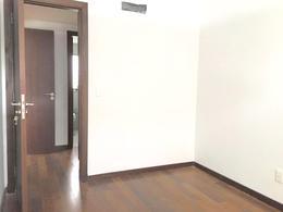 Foto Departamento en Alquiler en  Buceo ,  Montevideo  A metros de rambla, próximo a Montevideo Shopping y WTC