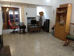 Foto Casa en Venta en  La Plata ,  G.B.A. Zona Sur  2  e 35 y 36 N° 158