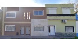 Foto Casa en Venta en  Lomas de Zamora Oeste,  Lomas De Zamora  Posadas 1484