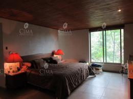 Foto Casa en Venta en  Del Bosque,  Cuernavaca  VENTA CASA CON SEGURIDAD Y VISTA PANORÁMICA EN CUERNAVACA - V64