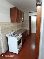 Foto Departamento en Alquiler en  La Plata,  La Plata  12 64 Y 65