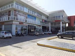 Foto Oficina en Renta en  Playa del Carmen Centro,  Solidaridad  LOCAL 100 M2  PLAZA YAMAHA PLAYA DEL CARMEN #P1573
