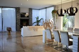 Foto Casa en Venta | Alquiler en  El Golf,  Nordelta  El Golf, Nordelta