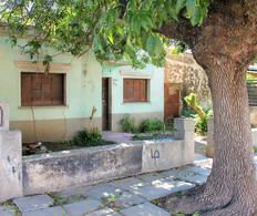 Foto Casa en Venta en  Los Paraisos,  Cordoba  Gomez Pereyra al 2800