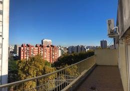 Foto Departamento en Venta en  Villa del Parque ,  Capital Federal  Nazarre al 3000