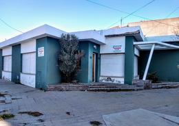Foto thumbnail Casa en Venta en  Trelew ,  Chubut  Mitre esquina Chile
