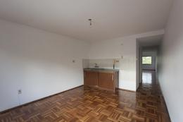 Foto Apartamento en Alquiler en  Centro (Montevideo),  Montevideo  Gutierrez Ruiz, próximo Plaza Cagancha