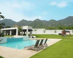 Foto Casa en Venta en  La Joya Privada residencial,  Monterrey  CASA PREVENTA LA JOYA CARRETERA NACIONAL MONTERREY N L $9,990,000